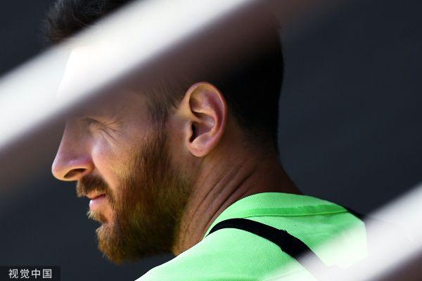 亚博:外媒-在这样的阿根廷队中梅西没有机会比肩马拉多纳