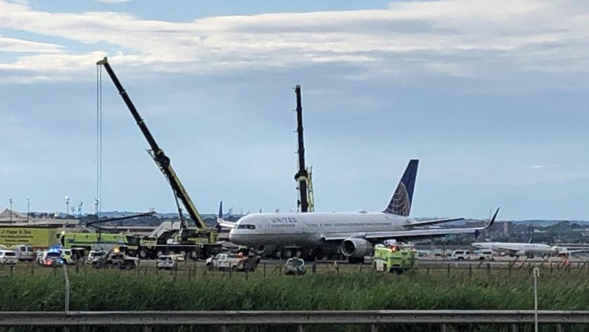 美國一客機滑出跑道未造成人員傷亡