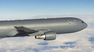 美新加油机曝严重缺陷 或剐蹭F-22隐身涂层
