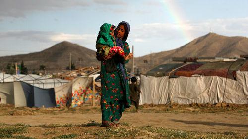 外媒:全球难民问题日趋严峻引担忧