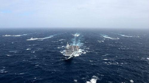 台媒:解放军航母编队穿越台湾海峡