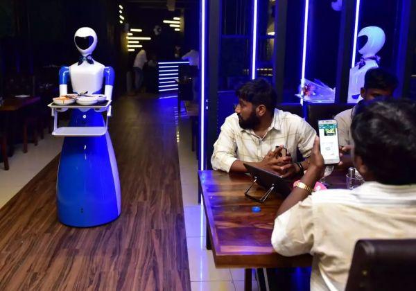 餐厅机器人