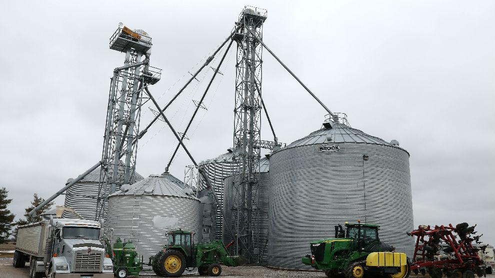 """美农业部长承认:美农民是对华贸易战""""受害者"""""""