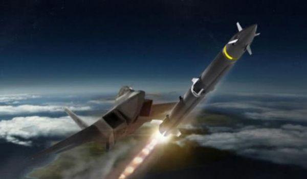 境外媒体:中国须提防美新型远程空空导弹