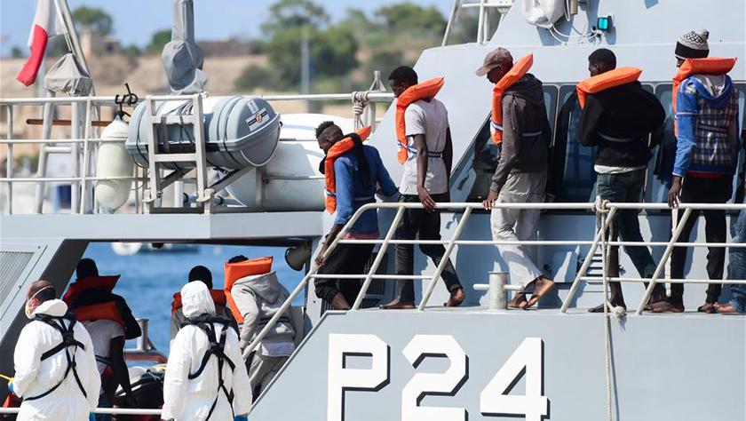 马耳他武装部队营救37名偷渡者