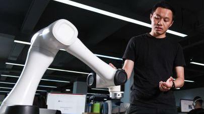 """台媒:大陆工业机器人产业发展靠""""这三股力"""""""