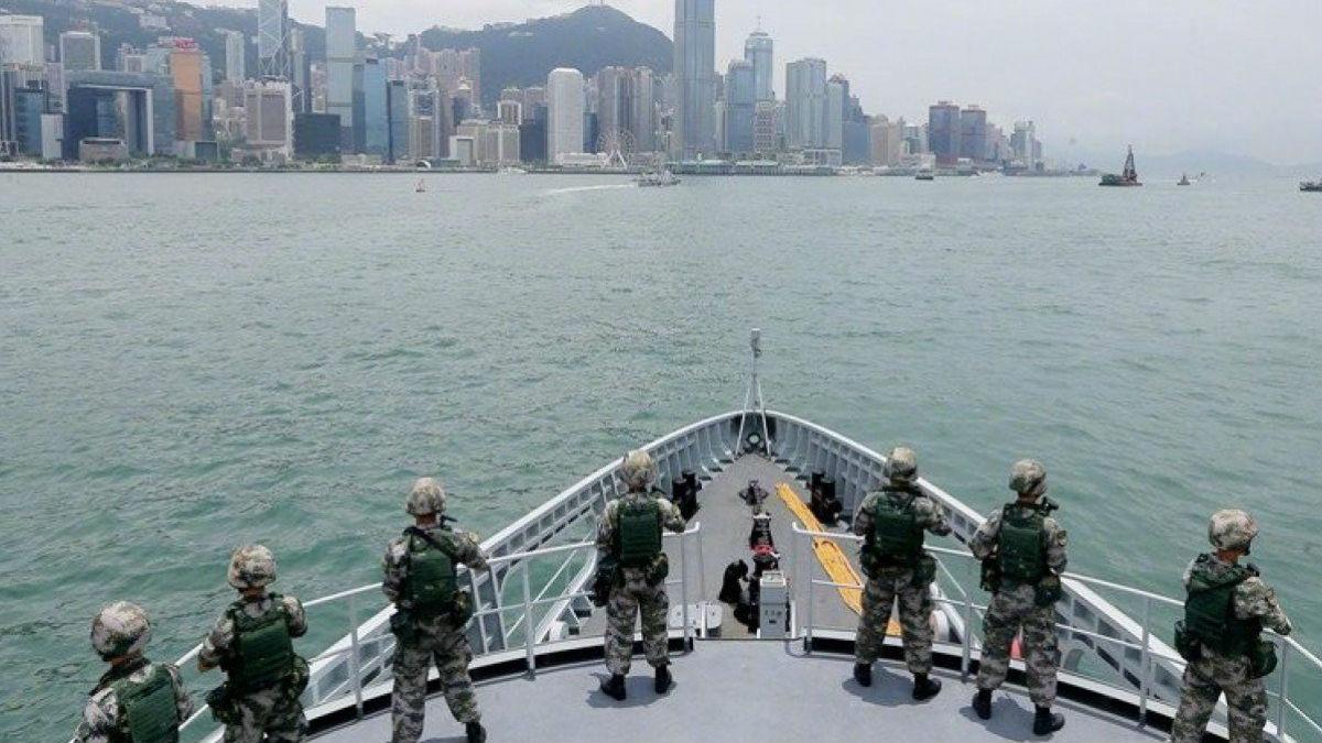 中国官媒公布驻港部队演练时机引外媒关注