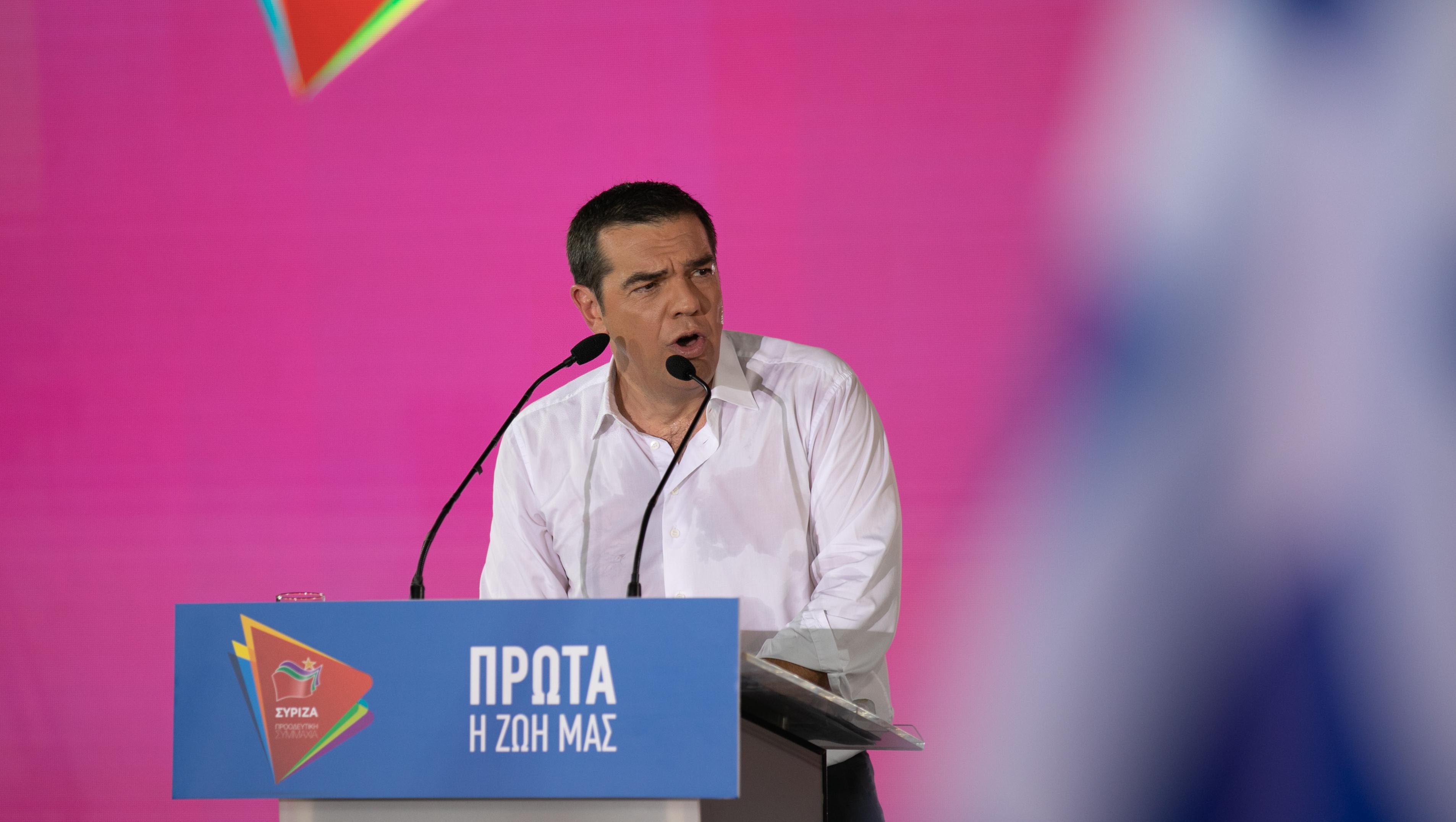 希腊总理齐普拉斯出席竞选活动