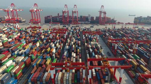 """外媒关注:中国用""""大开放""""淡定应对贸易战"""