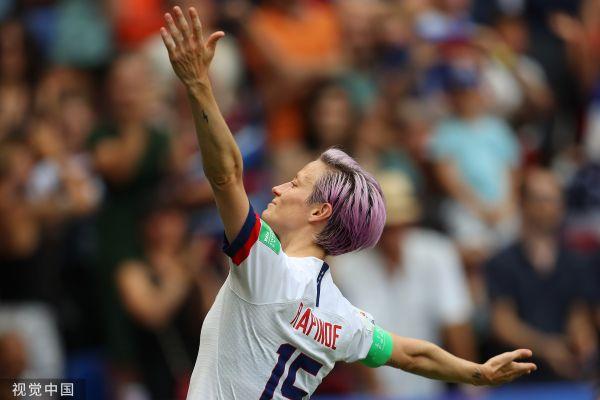 """亚博:夺得冠军的美国女足完成了""""工作""""但特朗普却只剩尴尬了"""