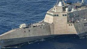 """""""支持""""在南海搞事儿?美军新派濒海战斗舰常驻新加坡"""