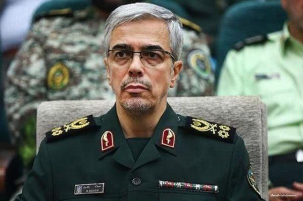 """英国扣押油轮后,伊朗总参谋长发警告:我们不会""""无动于衷"""""""