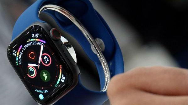 有人在偷聽你的iPhone對話!蘋果手表曝竊聽漏洞……