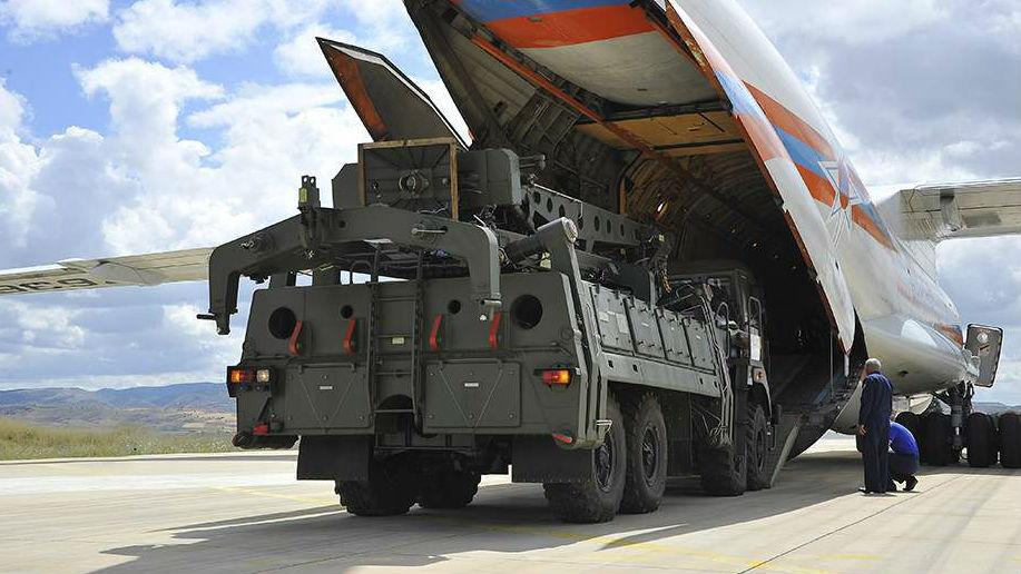怕买家变卦?俄快速空运交付土耳其S-400防空系统
