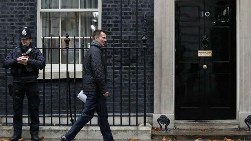 英国称愿意释放被扣伊朗油轮 但有个条件……