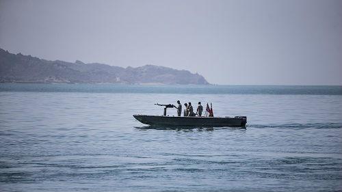 """伊朗""""扣押""""外国油轮?美国很着急,当事方却纷纷否认……"""