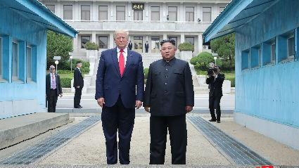 特朗普暗示不急于与朝达成协议 五角大楼无视警告筹备美韩军演