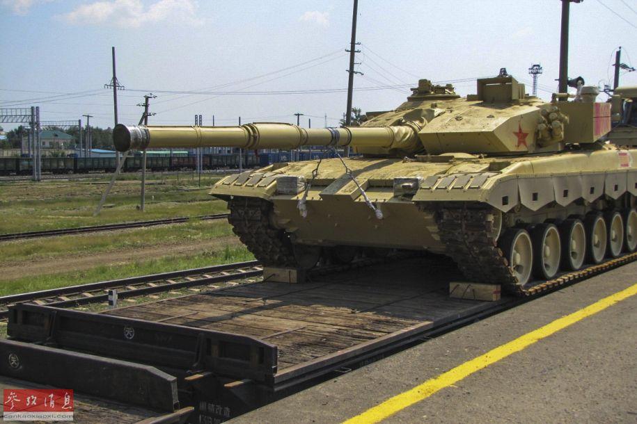 此次参赛的96B主战坦克。