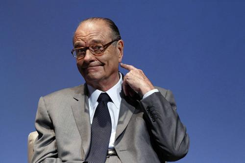 法媒刊登解密文件:英国外交官曾试图拉法国总统反欧元