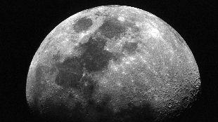 时间紧、任务重 NASA重返月球计划引发质疑
