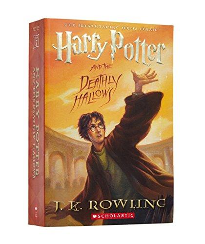 那些《哈利·波特》迷长大后,仍在梦想着霍格沃兹