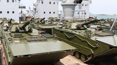 中国产步战车亮相!委内瑞拉大规模军演
