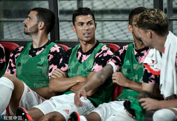 亚博:C罗缺阵激怒韩国球迷事件再升级近两千观众集体索赔