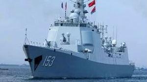 西安舰亮相俄阅兵获观众起立鼓掌致意 接待数千俄民众参观