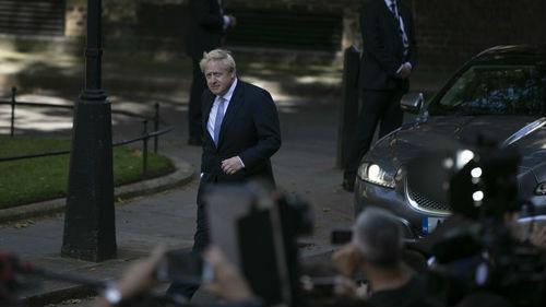 """英国新首相上任5天才与爱尔兰总理谈脱欧 被指""""极为冒犯"""""""