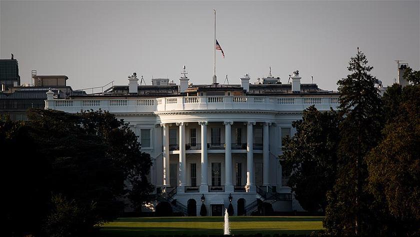 美國總統宣布降半旗哀悼槍擊案遇難者