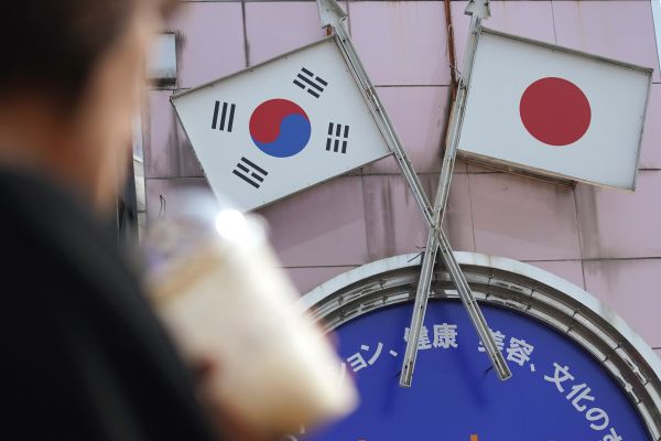 """韩日""""白色战争""""竟然逼出了韩国的大战略——"""