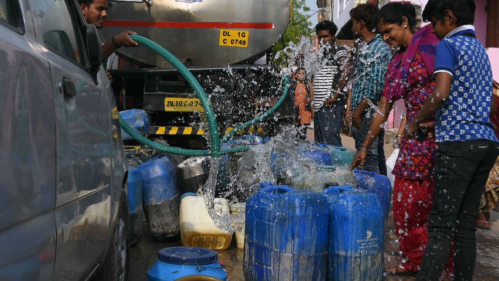 """印媒:印度水危机""""极其严重"""" 可能很快没水"""