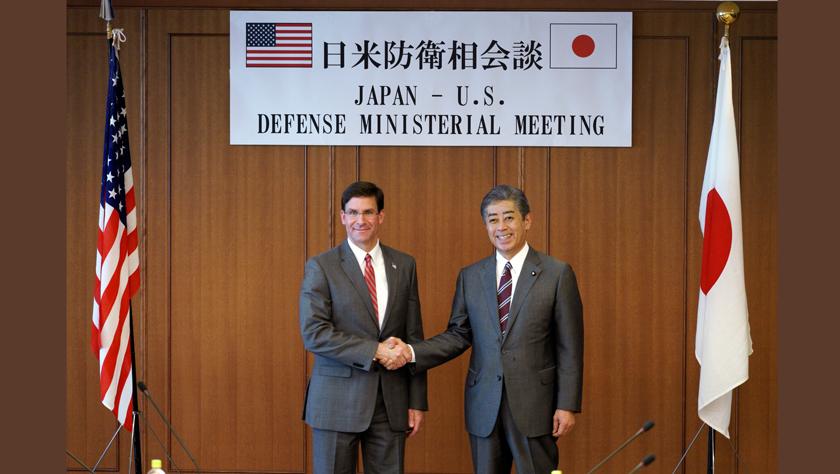 美國防部長訪日