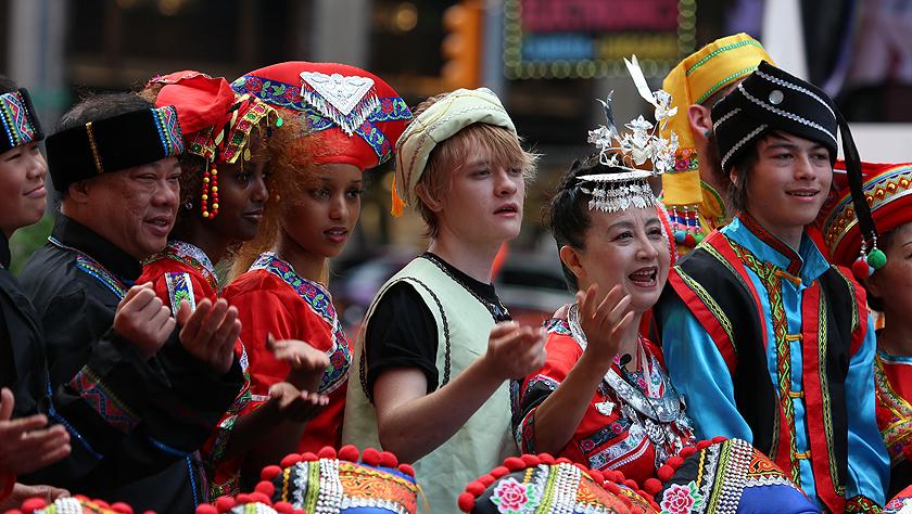 紐約時報廣場:山歌頌中華