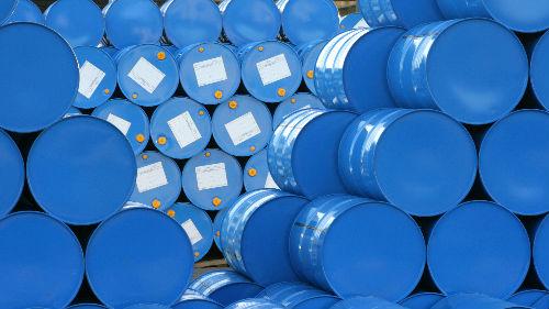 国际油价重挫3% 因为美国……