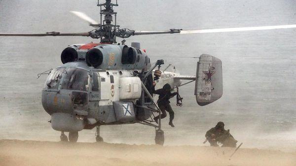 图为俄海军直升机进行着陆测试 图片来自俄罗斯海军网站
