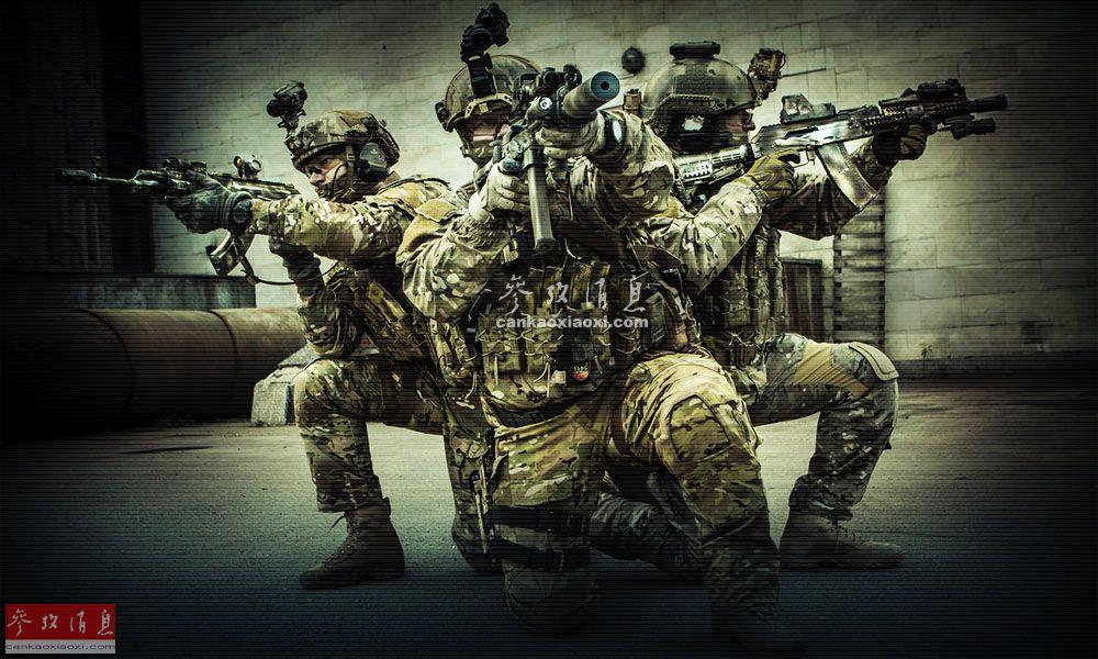 """""""阿尔法""""特战队现役部队规模约700人 其中精锐作战人员约250人,下辖若干小分遣队,成员均是从俄陆海空军和空降兵等现役部队中挑选的精英,需精通狙击、爆破、两栖蛙人渗透、驾驶各类交通工具等多种作战技能。图为阿尔法""""特战队训练特写照,单兵装具及武器均堪比美军特战队。"""