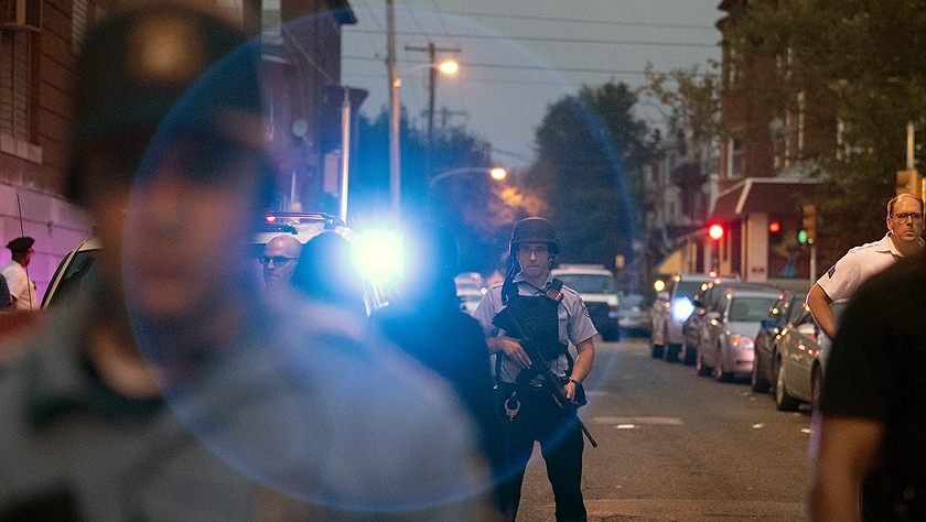 美國費城發生槍擊案 槍手在社區向警察射擊