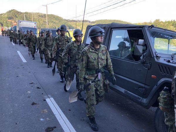 日本自卫队连续5年招不满 被迫放宽招募条件,木樨园跳楼事件