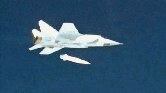 外媒称高超音速武器竞赛达新水平