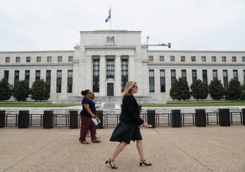 美联储降息能避免美国经济衰退?诺奖得主这样说——