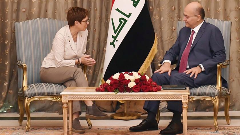 德国防长说德将继续支持伊拉克应对恐怖主义威胁