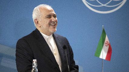 伊朗外长突然现身G7峰会举办地 默克尔称最后时刻被告知