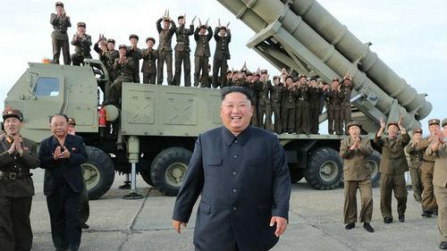 朝鲜成功试射新式超大型火箭炮 外媒关注朝美谈判是否重启