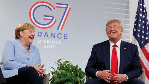 """特朗普自称有德国血统 默克尔没绷住""""噗嗤""""一声笑了"""