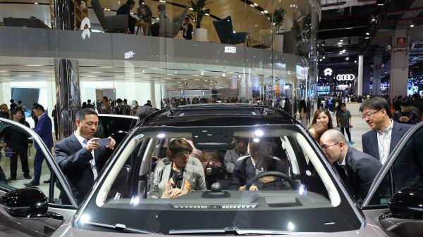 外媒关注中国推出20条新政提振消费信心 加速经济转型