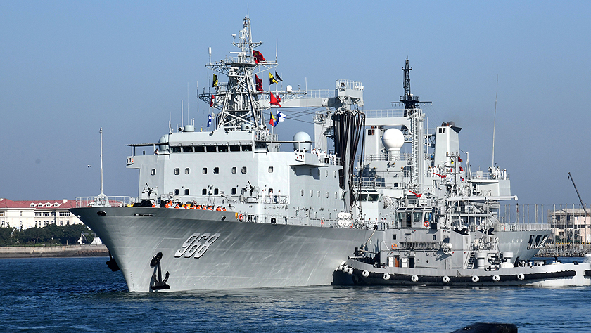 中国海军第33批护航编队起航赴亚丁湾