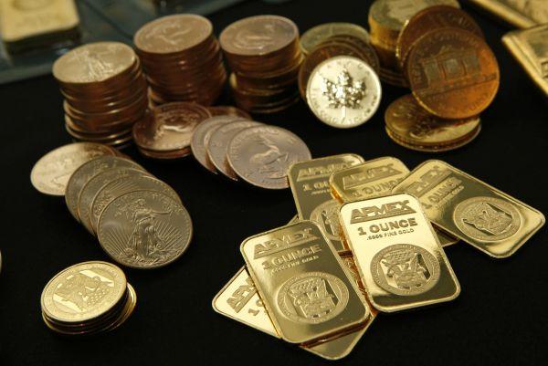 新兴市场央行大举购入黄金 高盛:因为他们不想持有美元