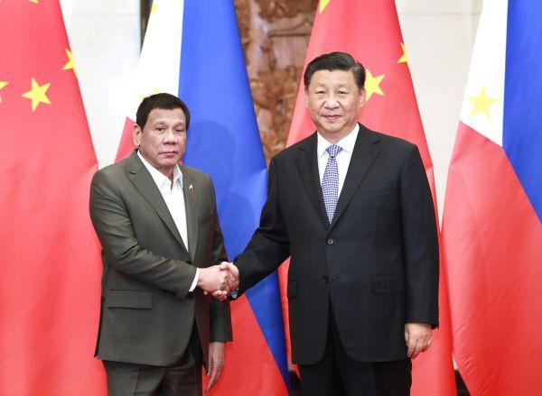 8月29日晚,国家主席习近平在北京钓鱼台国宾馆会见菲律宾总统杜特尔特。新华社记者 庞兴雷 摄