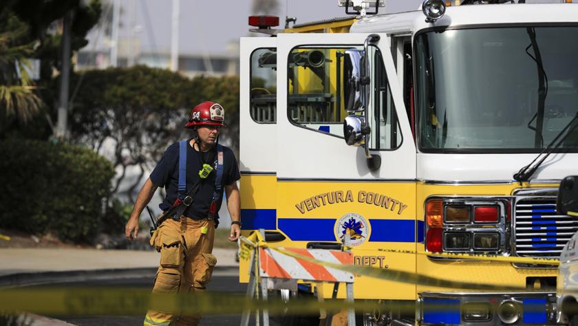 美国加州南部游船失火 34人失踪